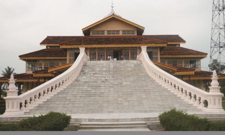 Balai Kerapatan Tinggi