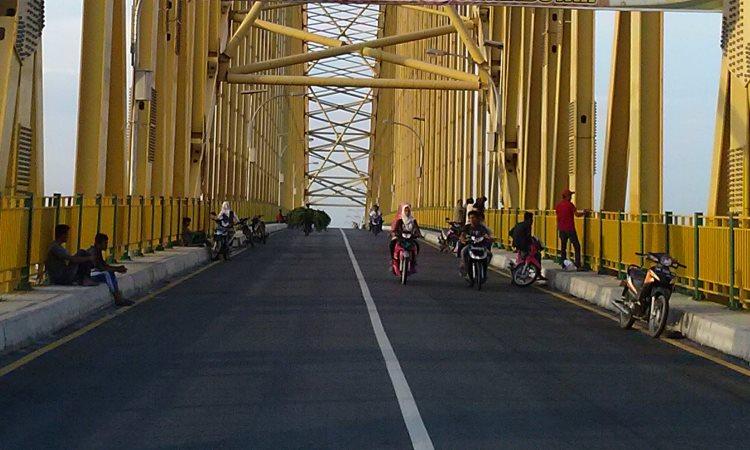 Jembatan Teluk Mesjid