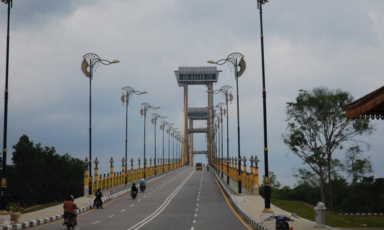Jembatan Tengku Agung Syaifah Latifah