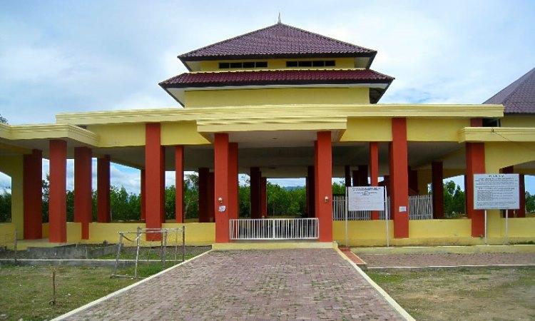 Makam Syiah Kuala