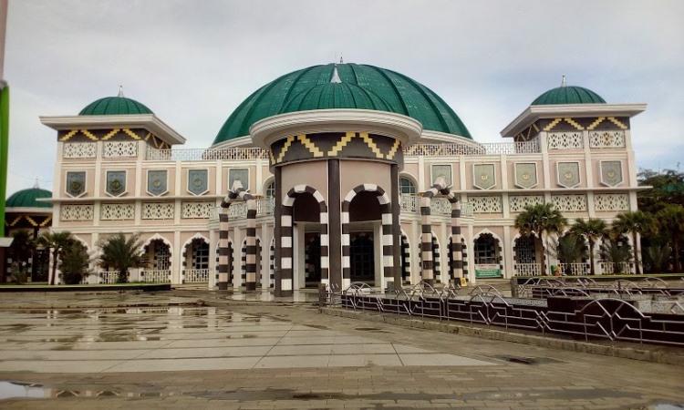 Masjid Taqwa Dan Taman Merdeka