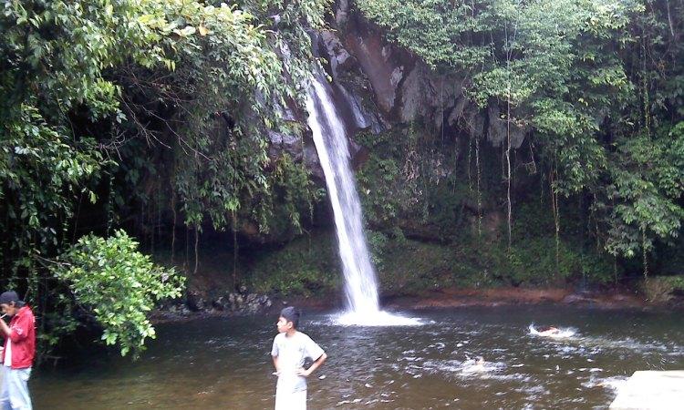Air Terjun Curup Mangkok