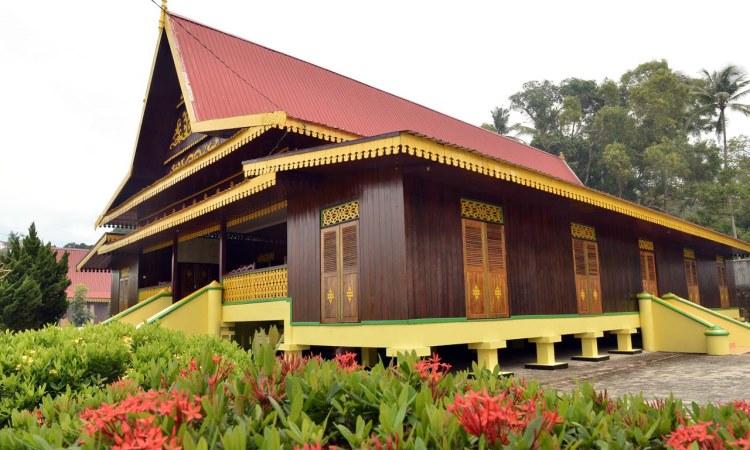 Balai Adat Indra Perkasa