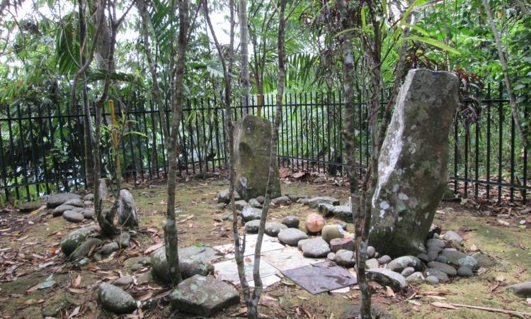 Makam Bujang Kurap