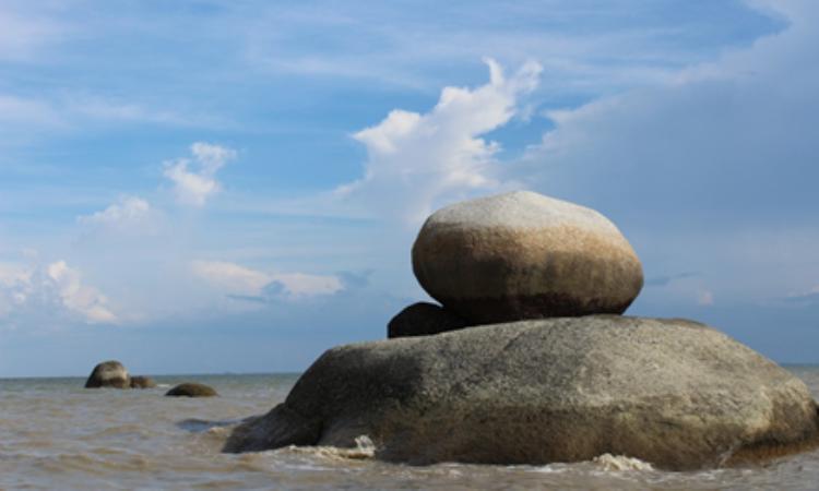 Pantai Batu Limau