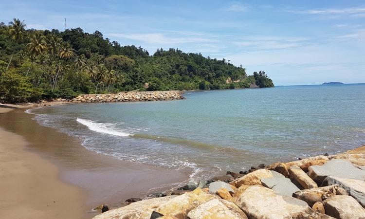 Pantai Salido