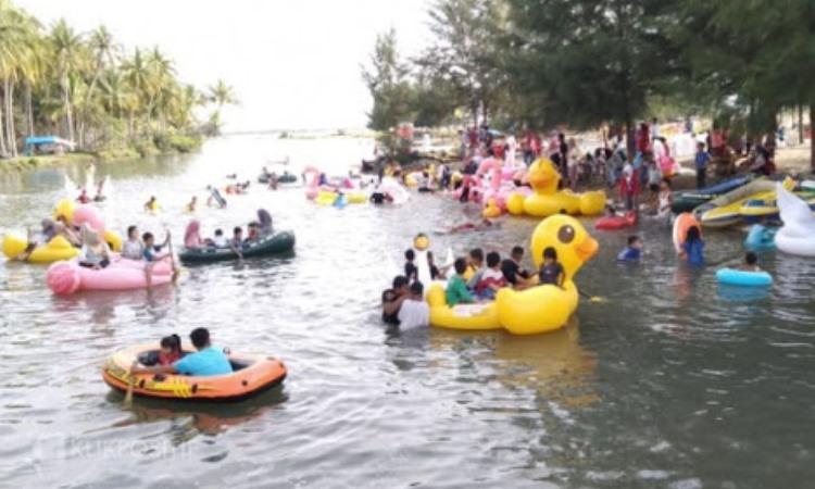 Simpang Tigo Buaya Putih