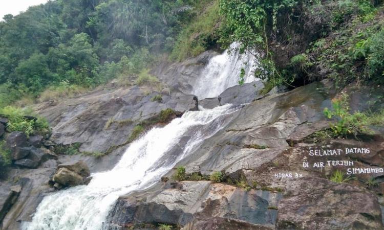 Air Terjun Simanimbo