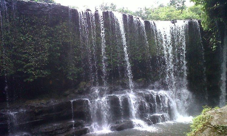 Air Terjun Tengkuyung