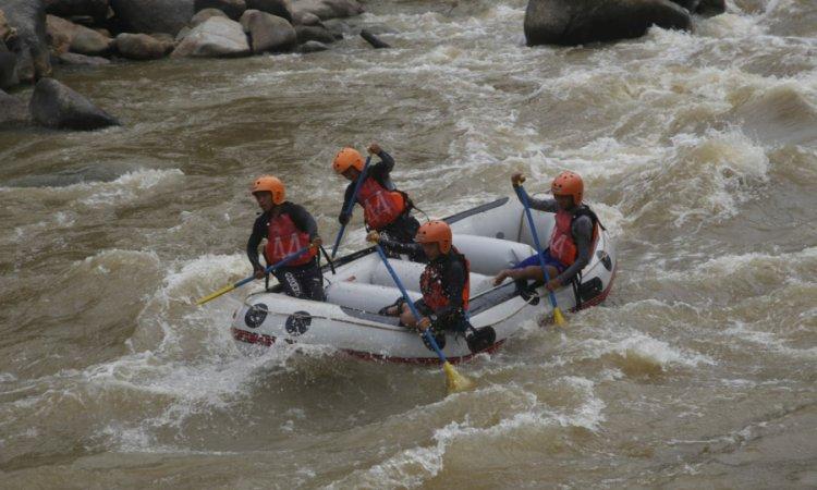 Arung Jeram Sungai Batang Kuantan