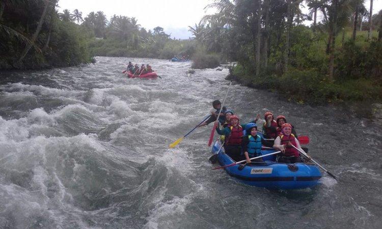 Arung Jeram Sungai Selabung