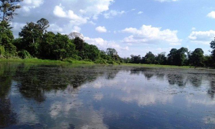 Danau Doson Lamo
