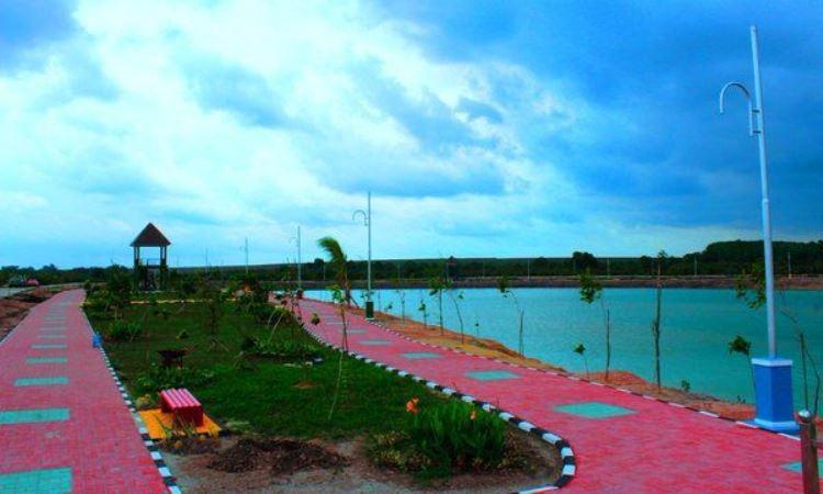 Danau Teluk Seruo