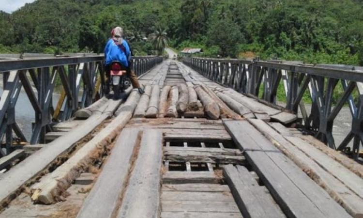 Jembatan O'ou