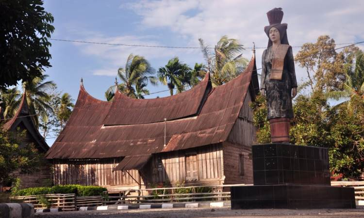 Kampung Adat Sijunjung