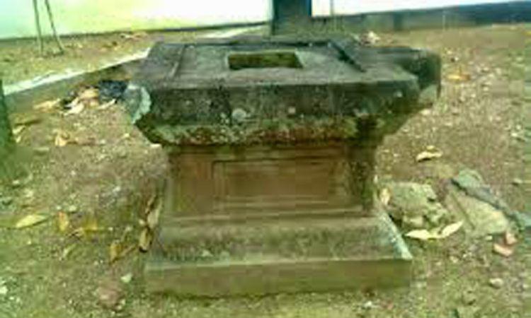 Makam Pangeran Peranpati