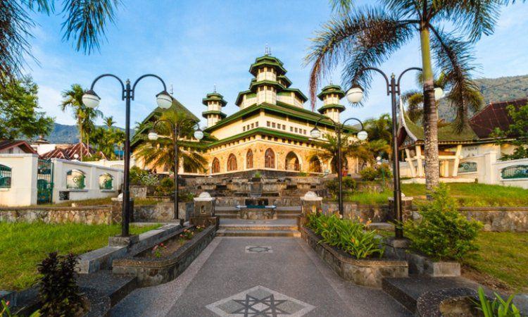 Masjid Raya Bayur