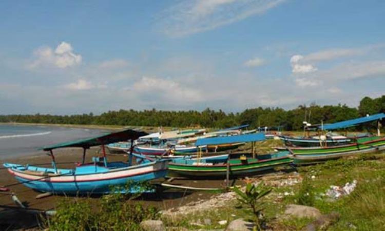 Pantai Karang Falaete