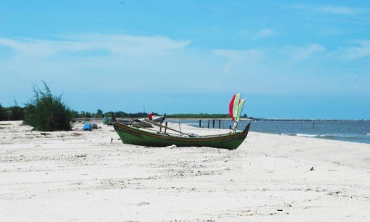 Pantai Mutiara Indah