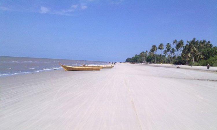 Pantai Tanjung Medang