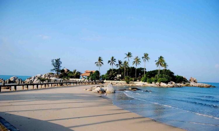 Pantai Tiku