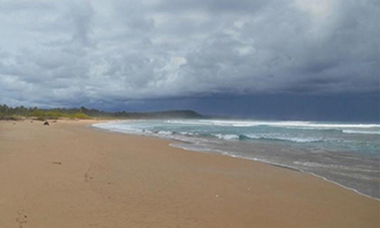 Pantai Toyolawa