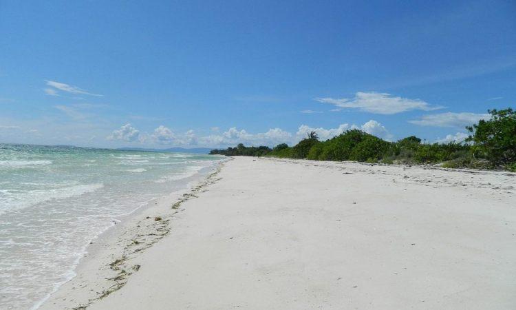 Pantai Valaete