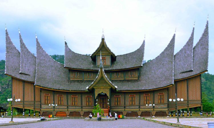 Wisata Istana Pagaruyung Istana Basa