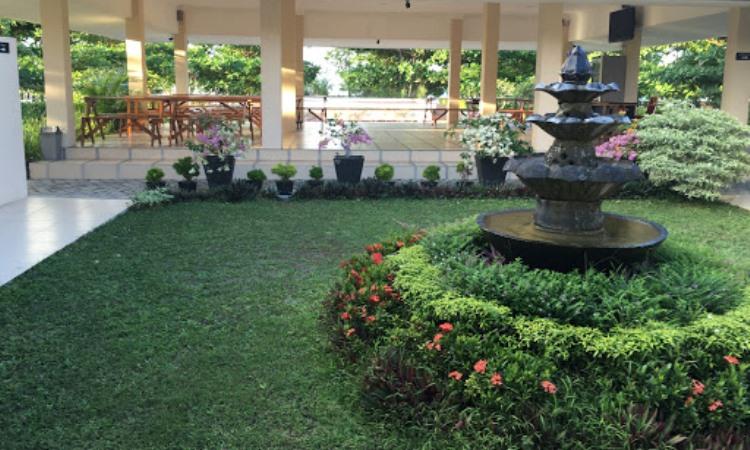 Kampong Dedaun