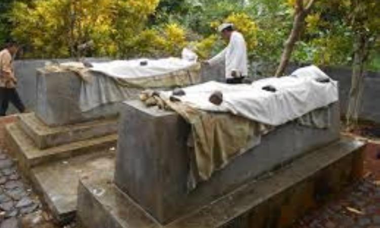 Makam Putri Darah Putih