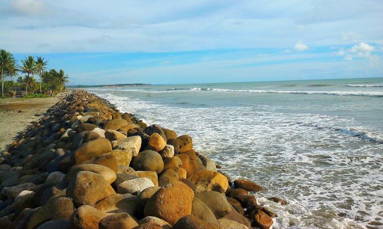 Pantai Ketapang Baru
