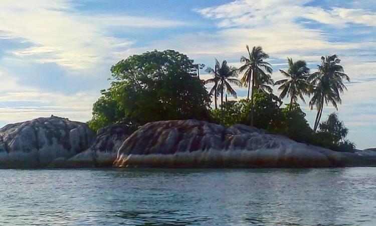 Pulau Lutong