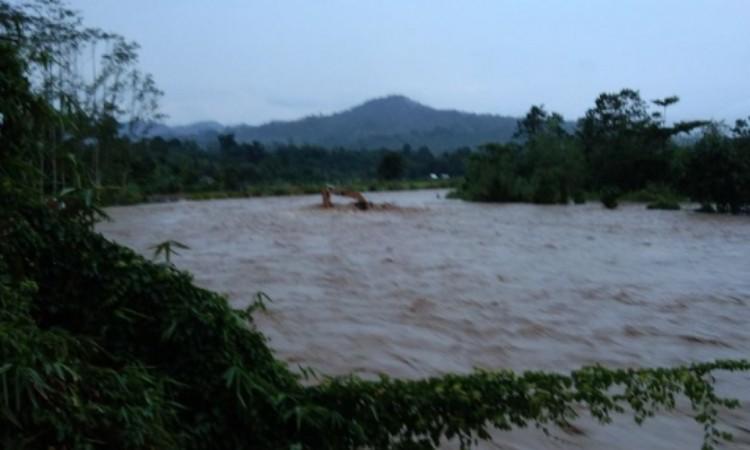 Sungai Desa Lubuh Gadis