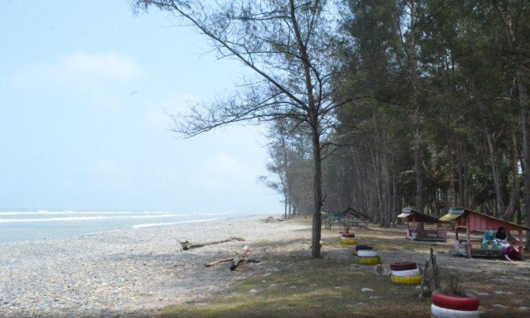 Taman Wisata Pantai Indah