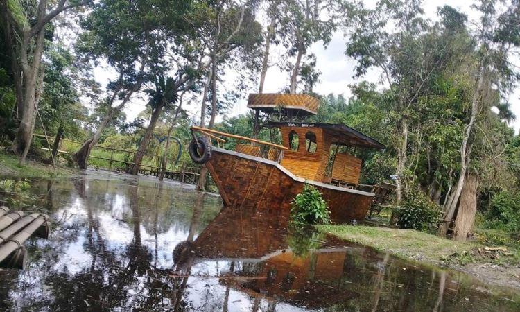 Wisata Sungai Simpur