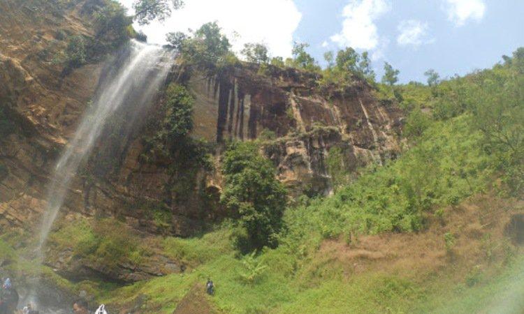 Air Terjun Gunung Nyawe