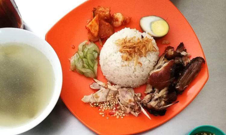 Nasi Ayam Mama Koki