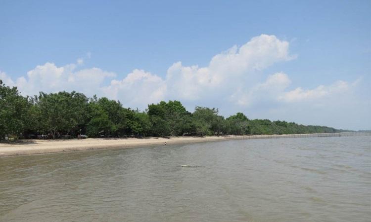 Pantai Berawe