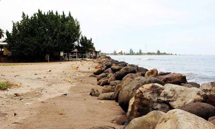 Pantai Krueng Juli