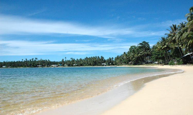 Pantai Pasir Tinggi