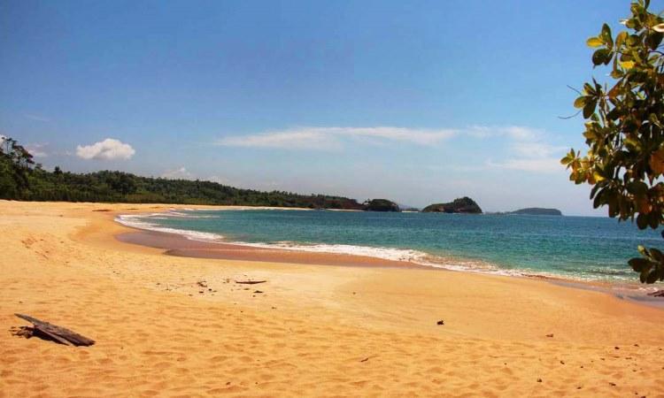 Pantai Ujong Gla