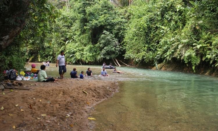 Sungai Gunung Pandan