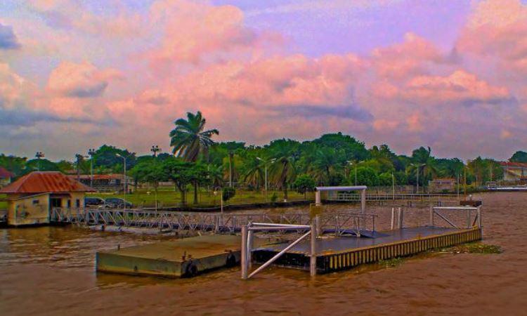 Pantai Dermaga Sungai Gerong