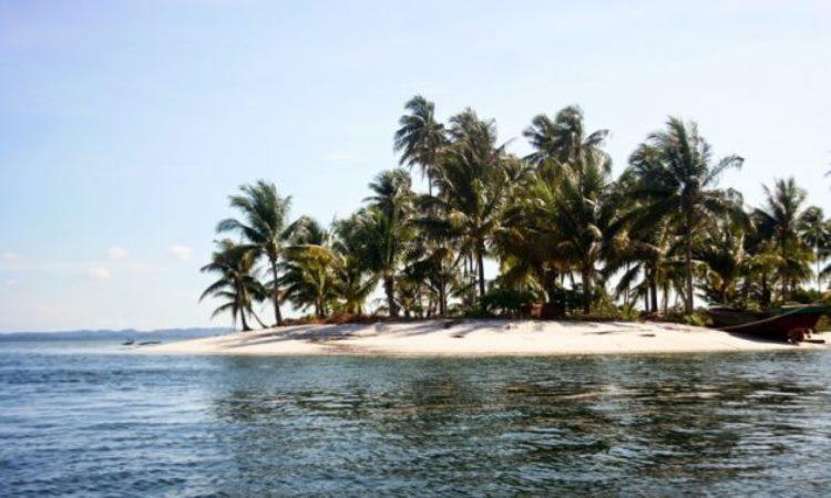 Pantai Pulau Abang
