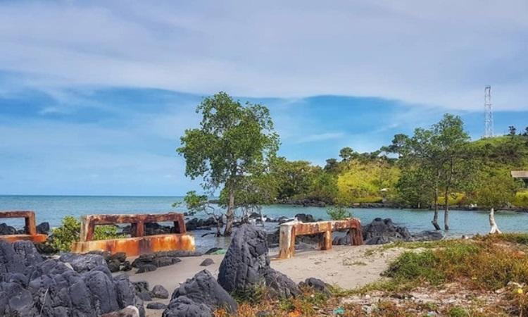 Pantai Pulau Maspari