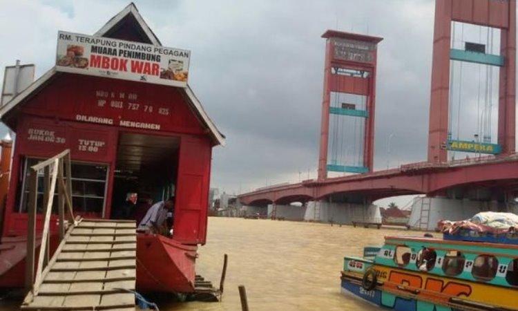 Wisata Kuliner Tepian Sungai Musi