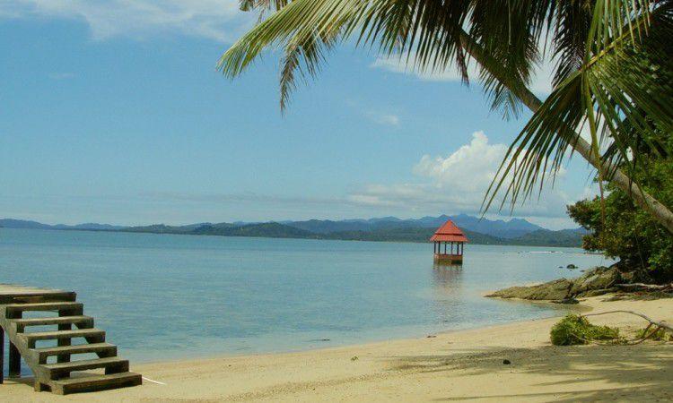 Wisata Pantai Padang
