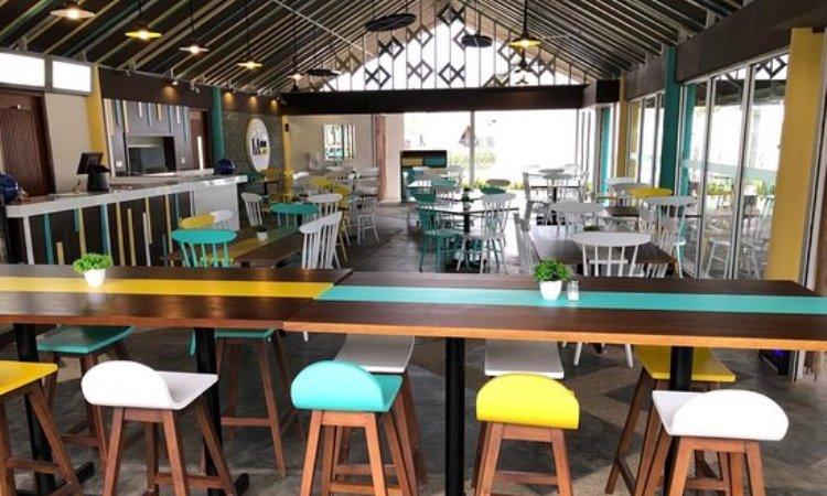 Marine Café