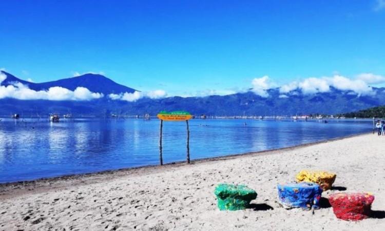 Pantai Pasir Panjang Tanjung Tanah