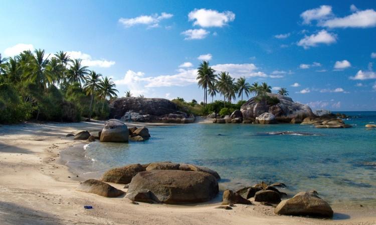 Wisata Pantai Belitung